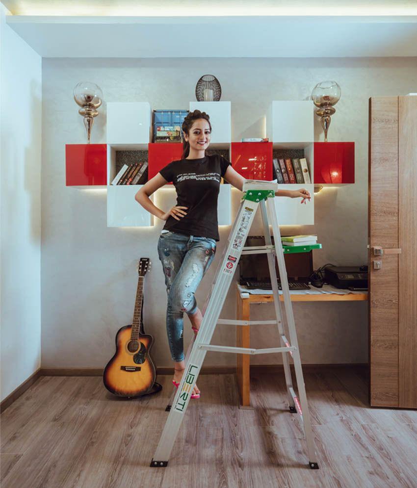 5 feet liberti aluminium step ladder with utility tray buy 5 feet