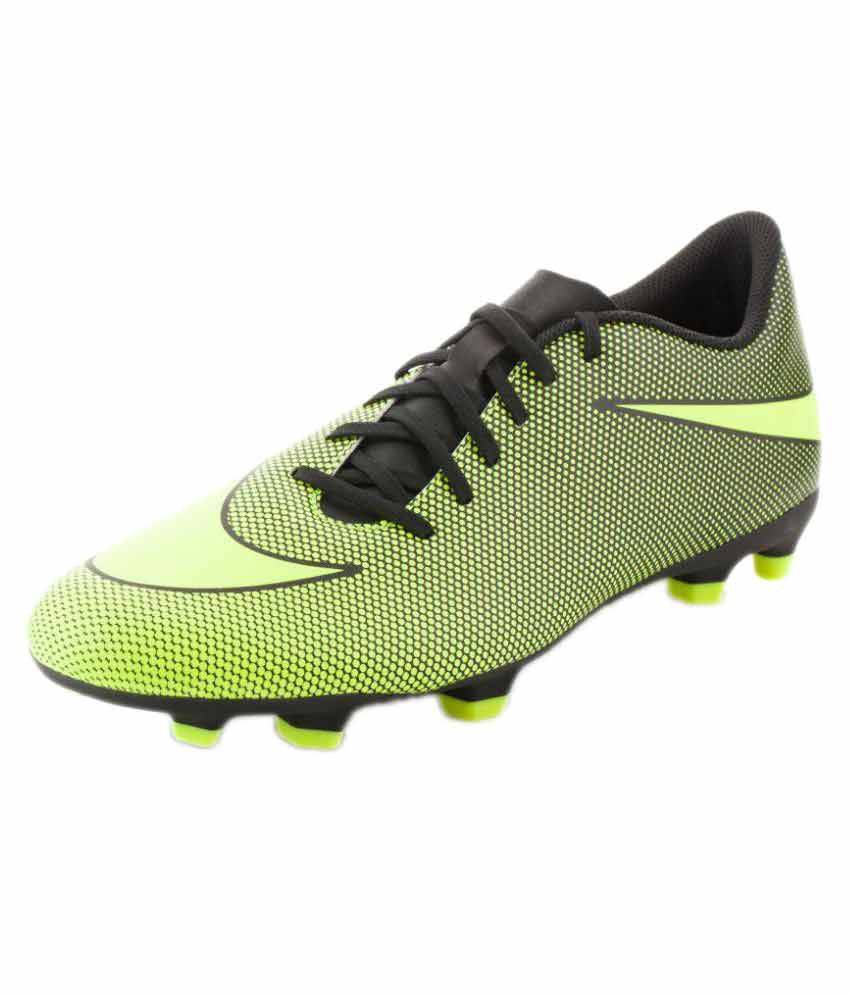 size 40 8a119 12dfa Nike Bravata II FG Multi Color Football Shoes - Buy Nike Bravata II FG  Multi Color Football Shoes Online at Best Prices in India on Snapdeal