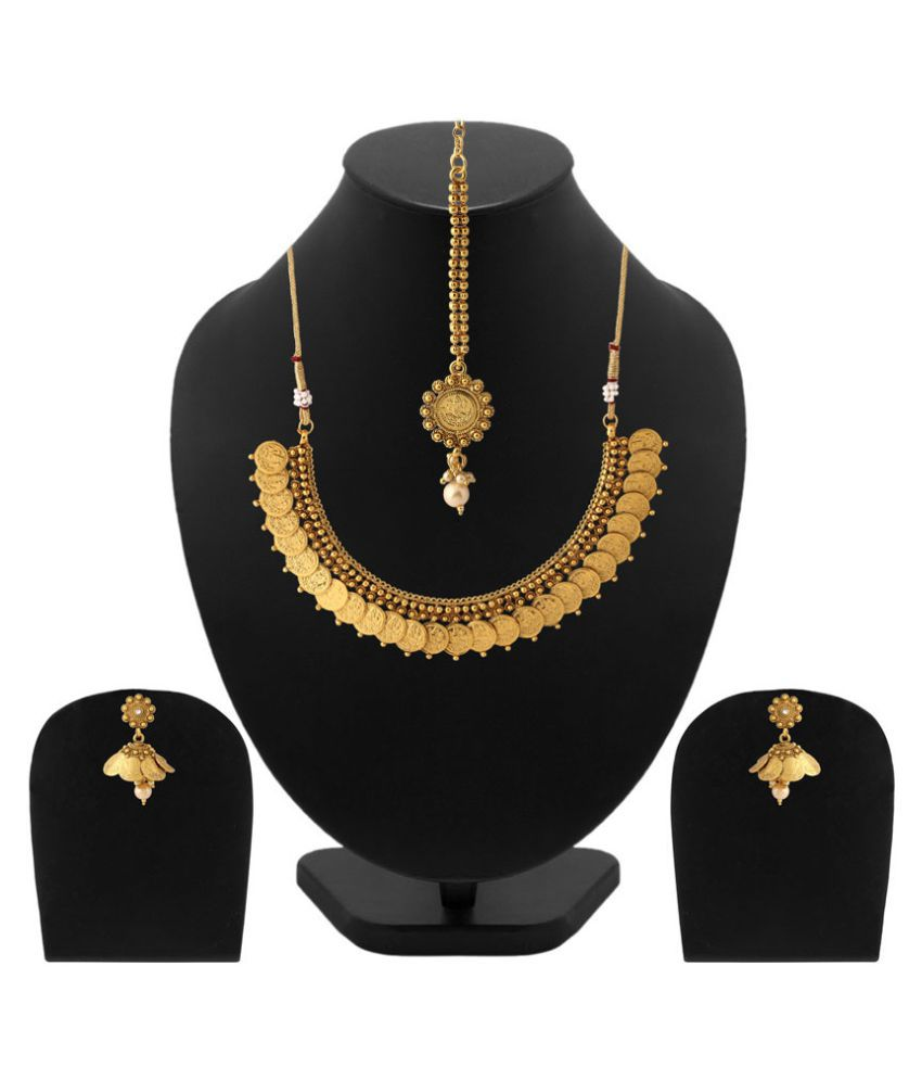 Voylla Classic Golden Necklace Set for You