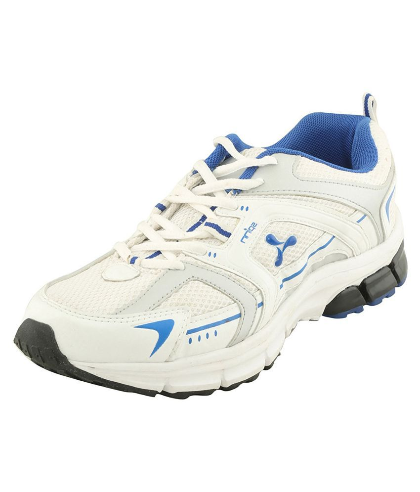 Spinn White Running Shoes