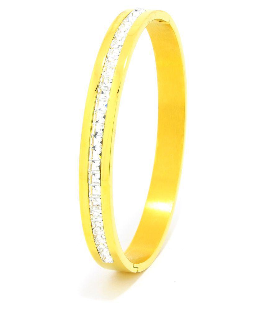 Saizen Golden Brass Bracelet For Men