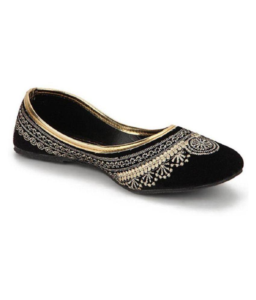 Skylyf Black Flat Ethnic Footwear