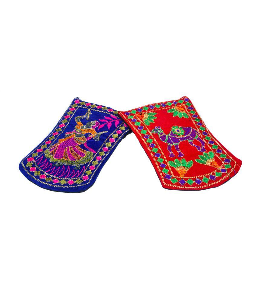 Craft Trade Multi Fabric Wristlet