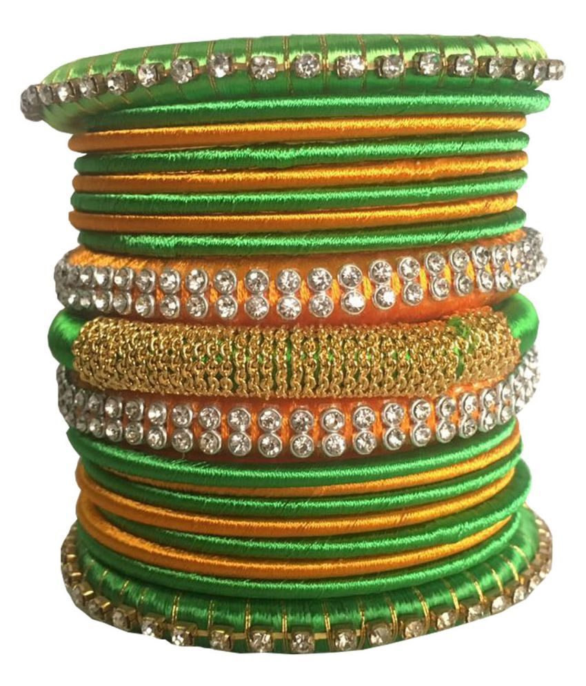 Kuhuk Silk Thread Plastic Bangle Set