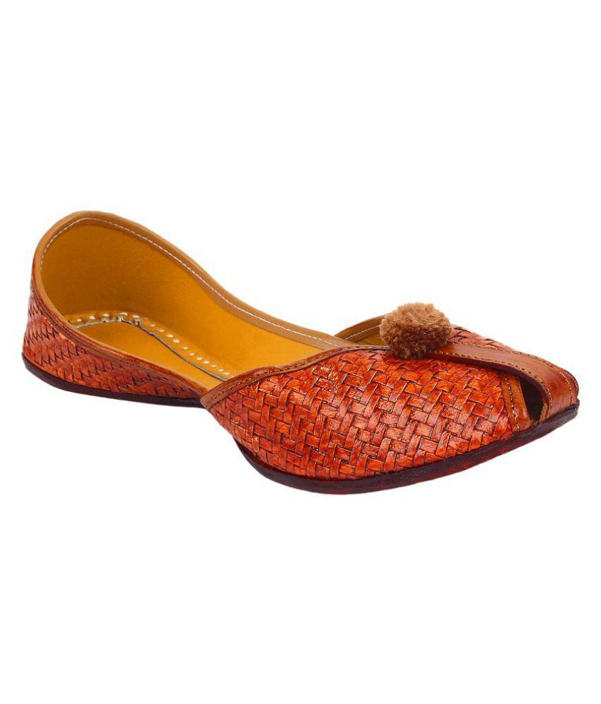 Saashiwear Brown Flat Ethnic Footwear