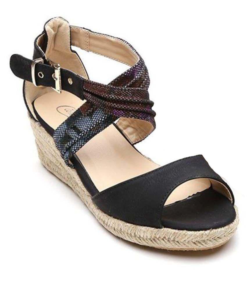 Candie's Black Wedges Heels