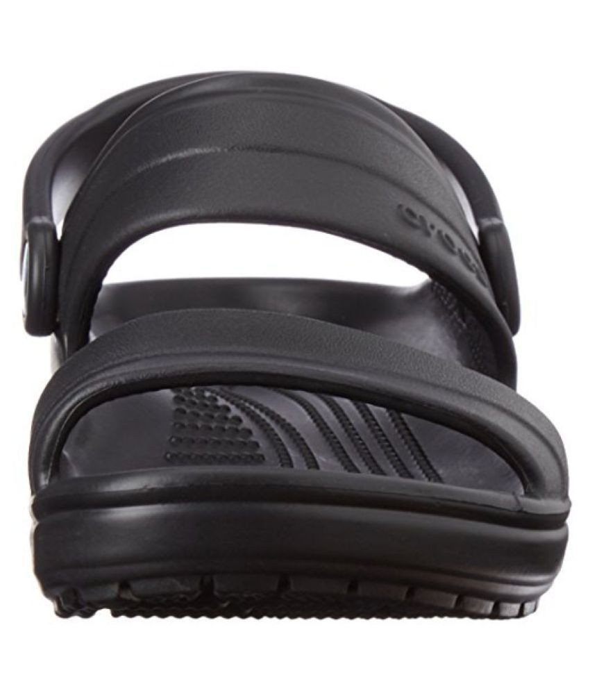 e370289bdb9e Crocs Unisex Classic Sandal Rubber Sandals and Floaters Price in ...