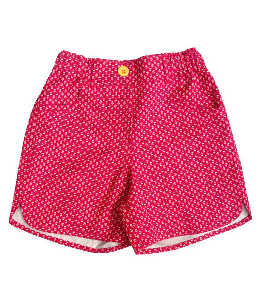 Campana Magenta Hot Pant