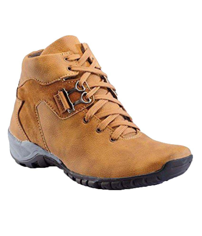 Black Macy Tan Casual Boot