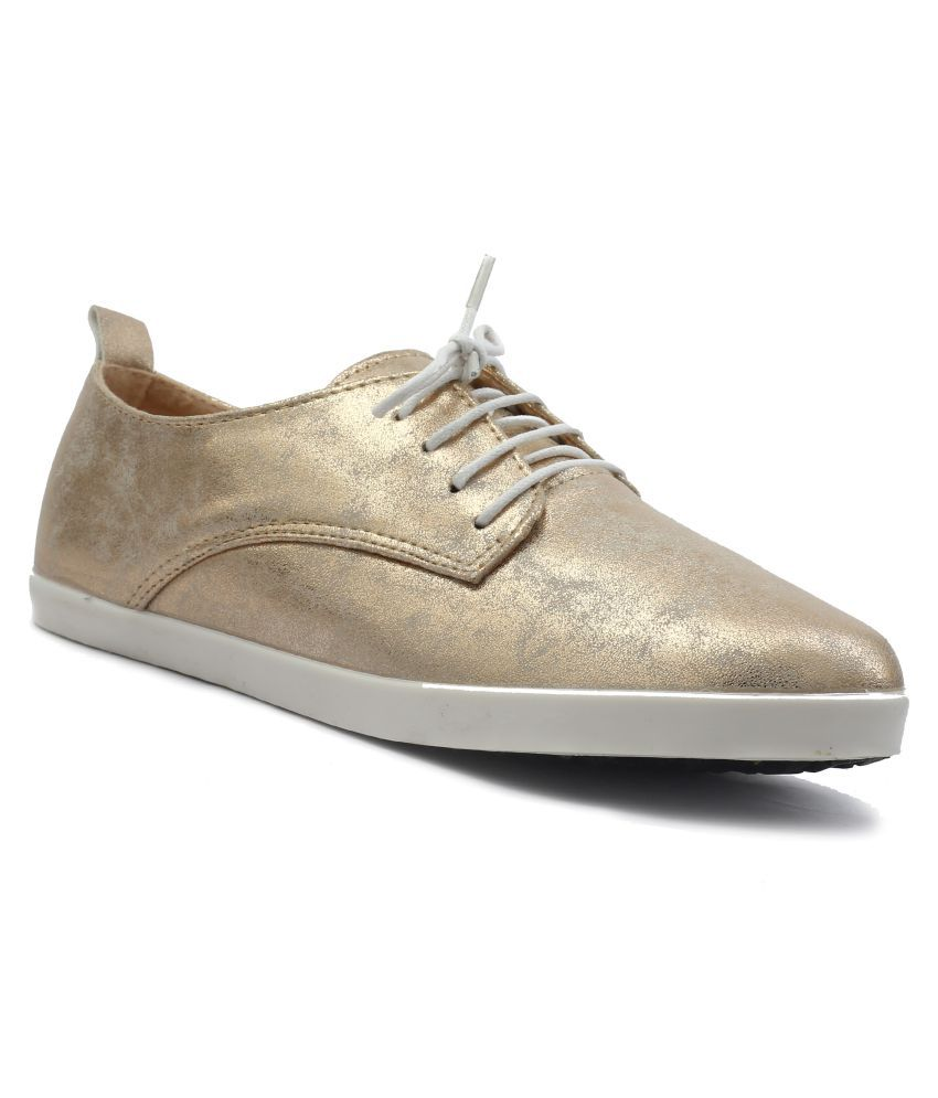 Shuberry Gold Casual Shoes