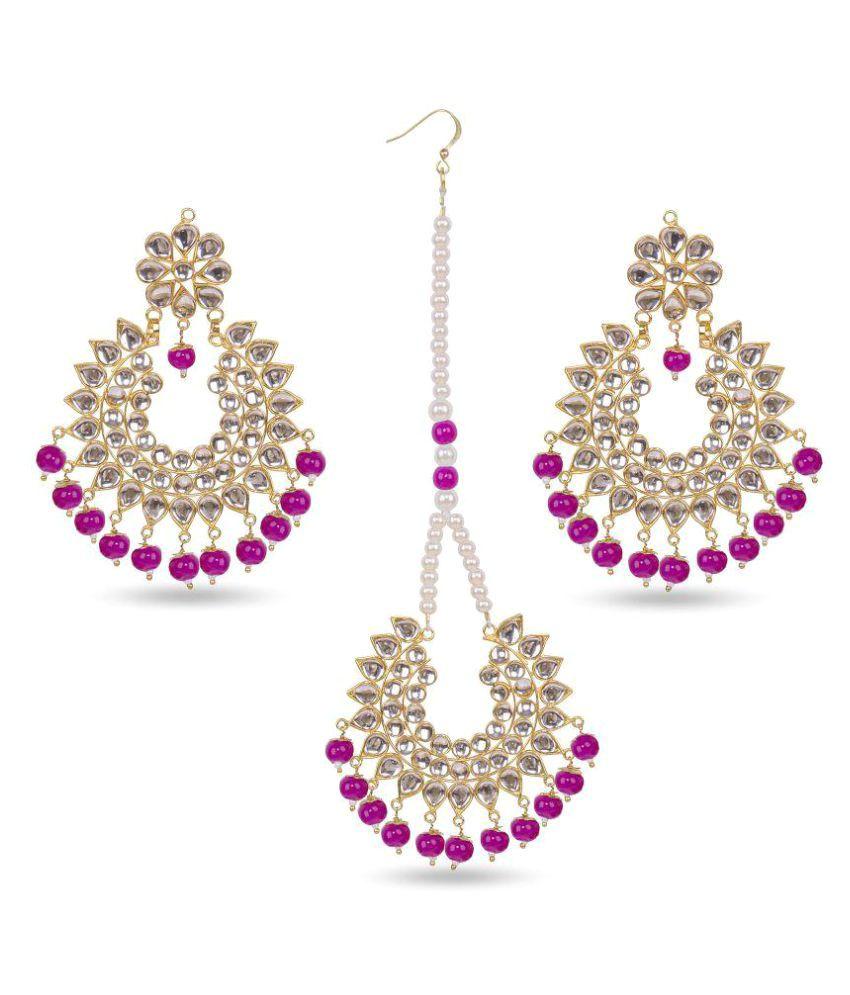 Pink Pitch Kundan Embellished Earrings with Maang Tikka Set