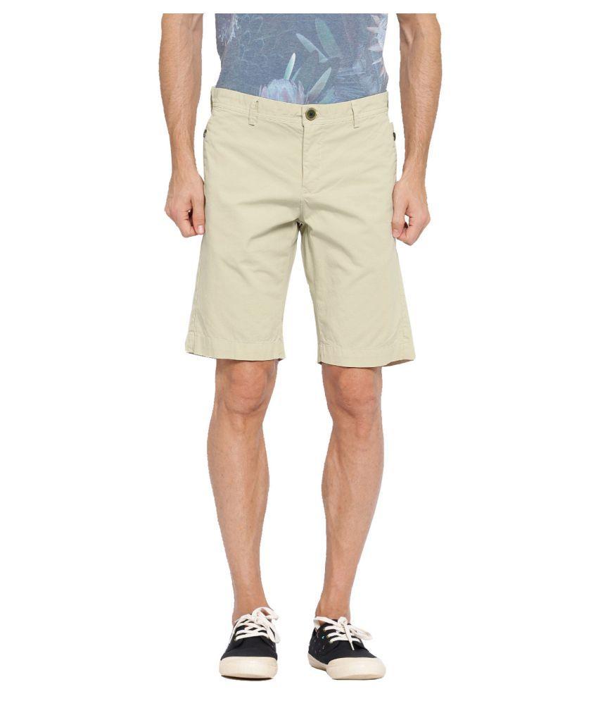 Showoff Beige Shorts