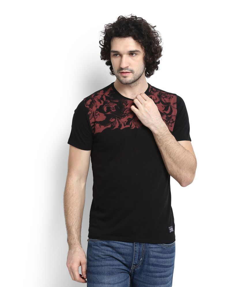 V DOT Black Round T-Shirt