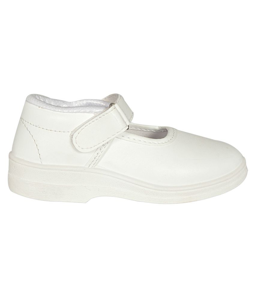 d15ce3ddf42de Lakhani White School Shoes for Girls With Velcro Price in India- Buy ...