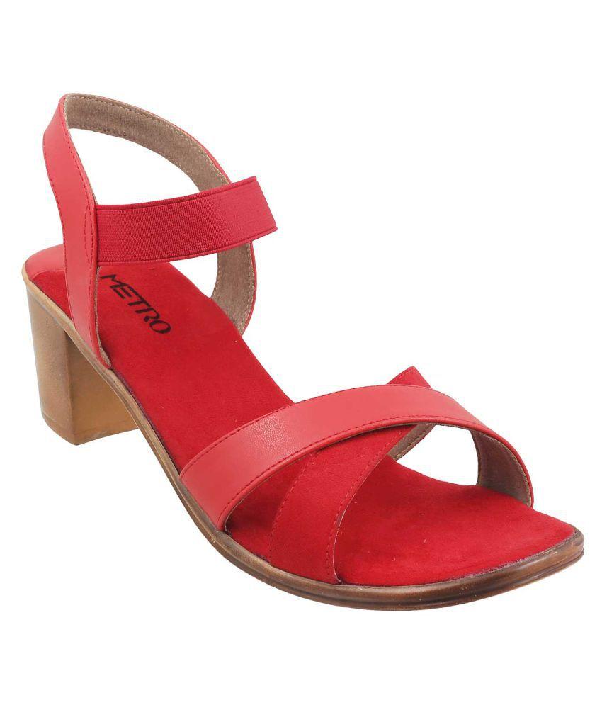METRO RED Block Heels