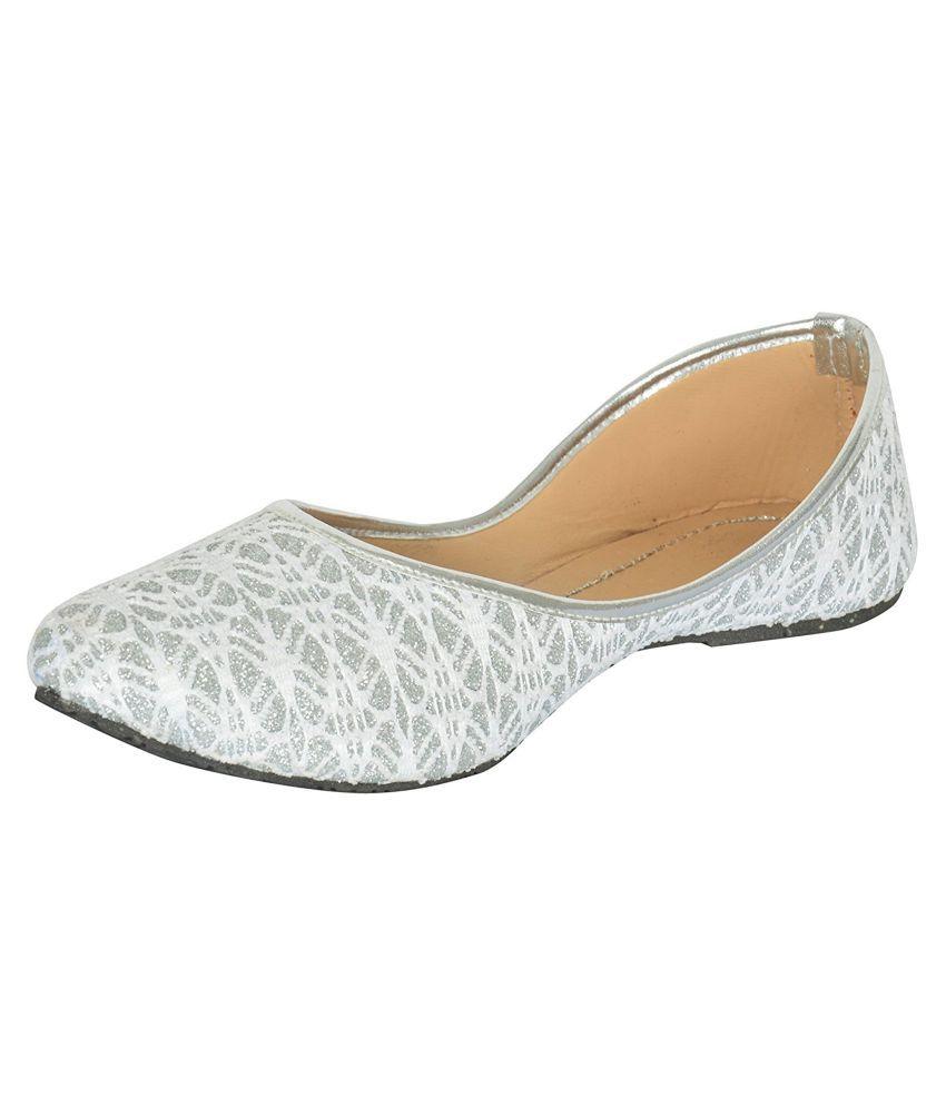 Red Choice Gray Flat Ethnic Footwear