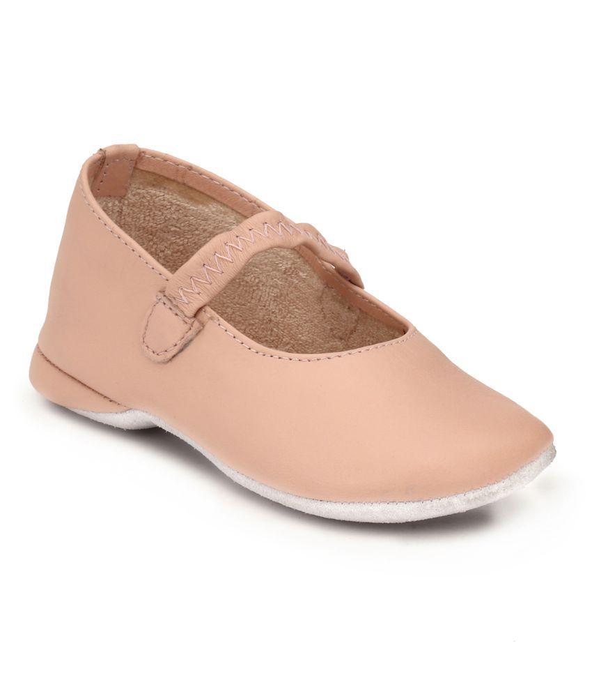 Hirel's Pink Kids Elastic Shoes