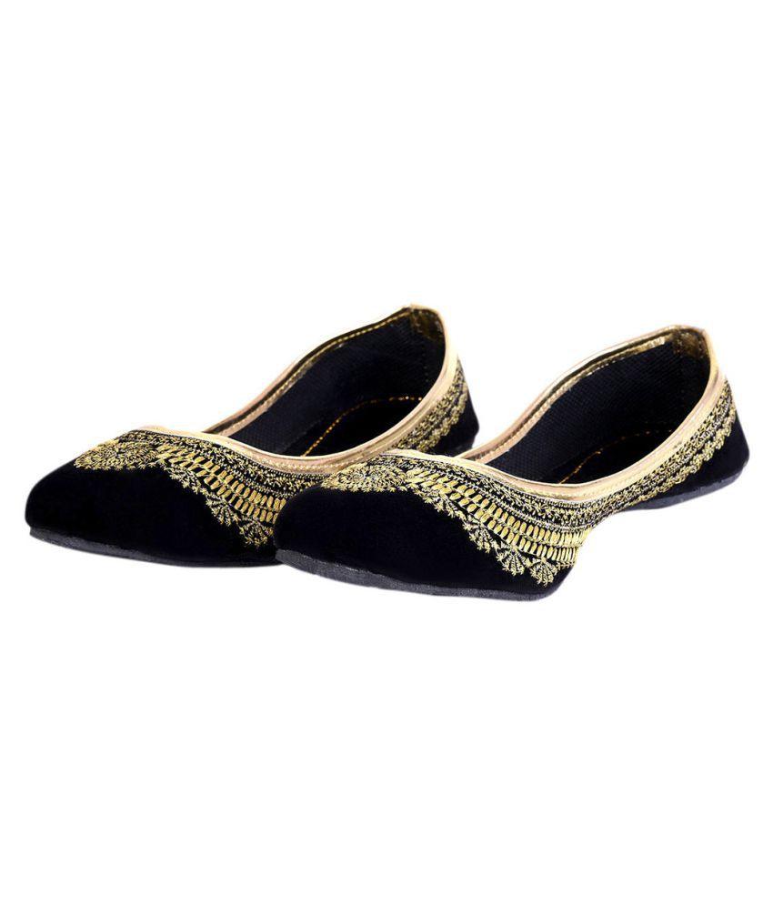 Urshop Black Flat Ethnic Footwear