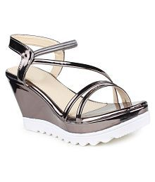 Do Bhai Silver Wedges Heels