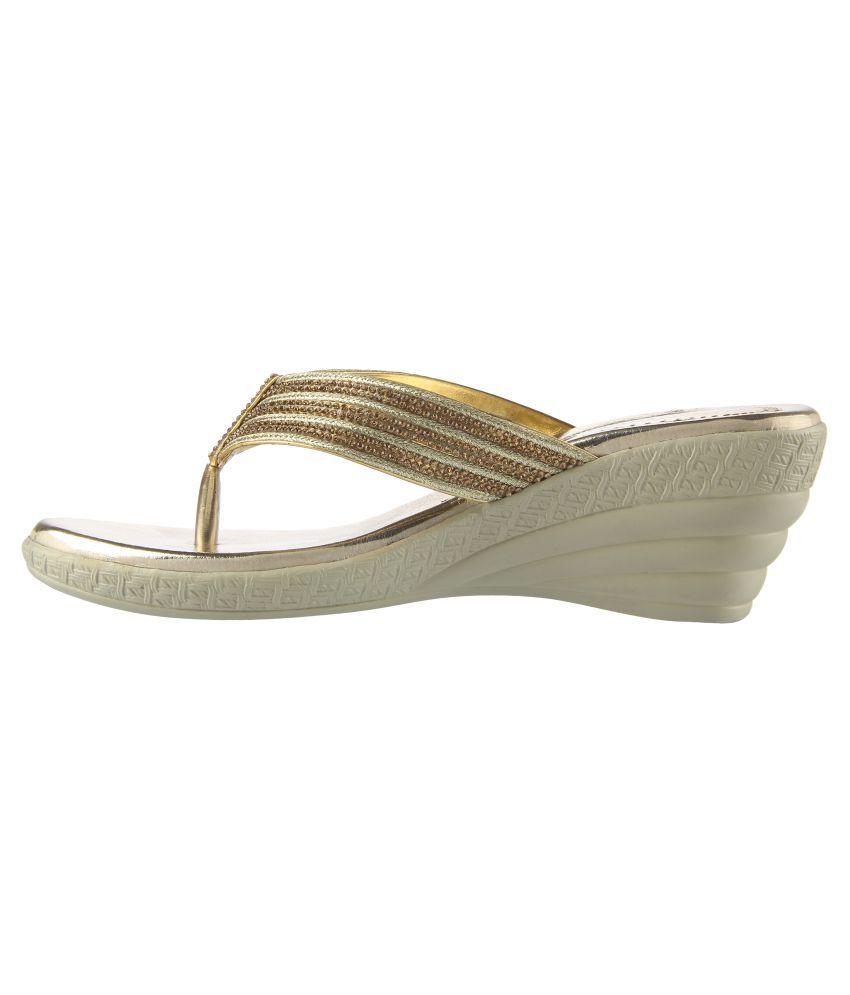 cheap sale 2015 discount lowest price Pranisha Footwear Gold Block Heels for sale footlocker ebay tumblr cheap price cQ89h