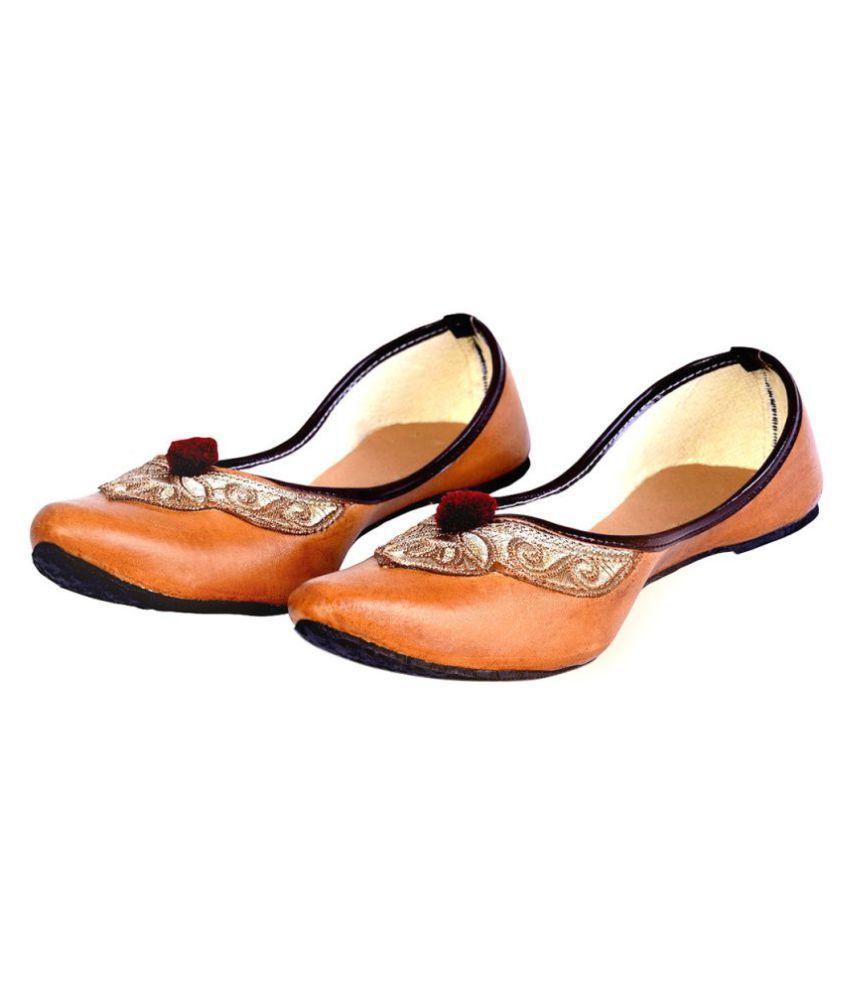 Ethnic Treat Brown Flat Ethnic Footwear