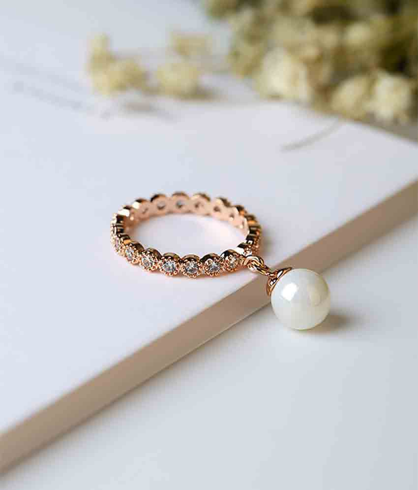 Stripes Presents Valentine\'s day Special Finger Ring For Girl ...