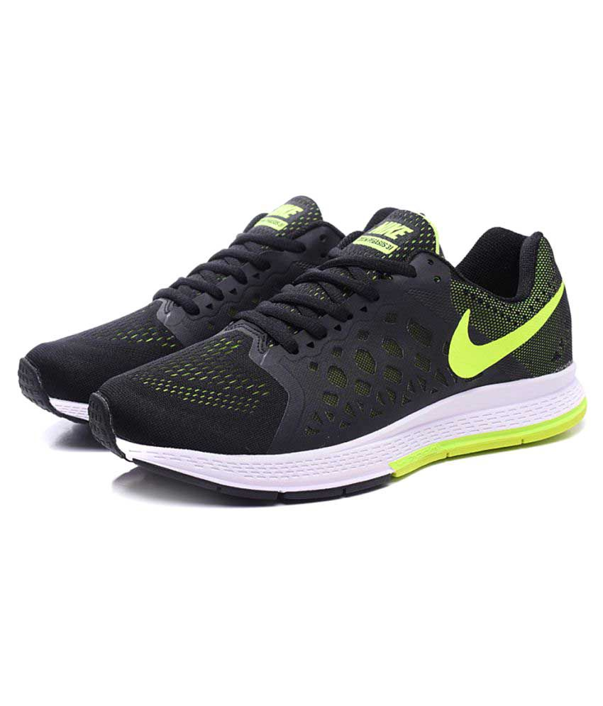 pretty nice 83fa1 4b01c Nike Zoom Pegasus 31 Black Running Shoes - Buy Nike Zoom Pegasus 31 Black  Running Shoes Online at Best Prices in India on Snapdeal