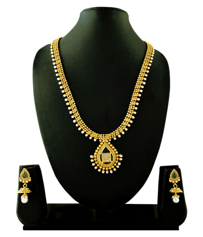 RG Fashions Copper Gold Plated Pearls Golden Necklace Set with Maang Tikka