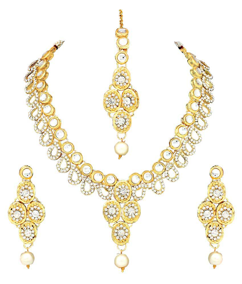 Atasi Traditional Necklace Set With Maang Tikka