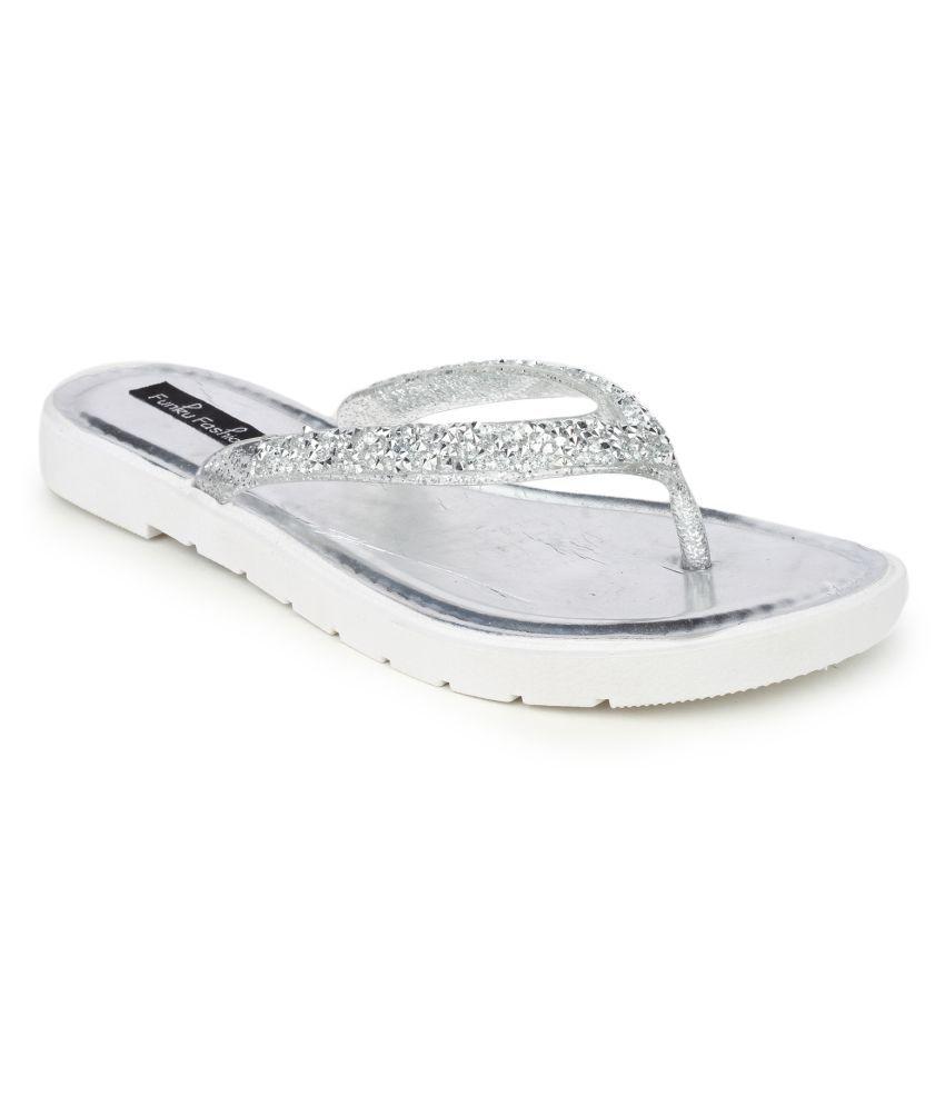 Funku Fashion Silver Flats
