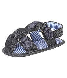 abdc kids Infant Boys Blue Denim Sandals-Length-13 Cm Age- 6 -12 Months