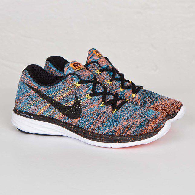 hot sale online 7199e c6e16 Nike AIRMAX 2017 BLACK-WHITE Multi Color Running Shoes