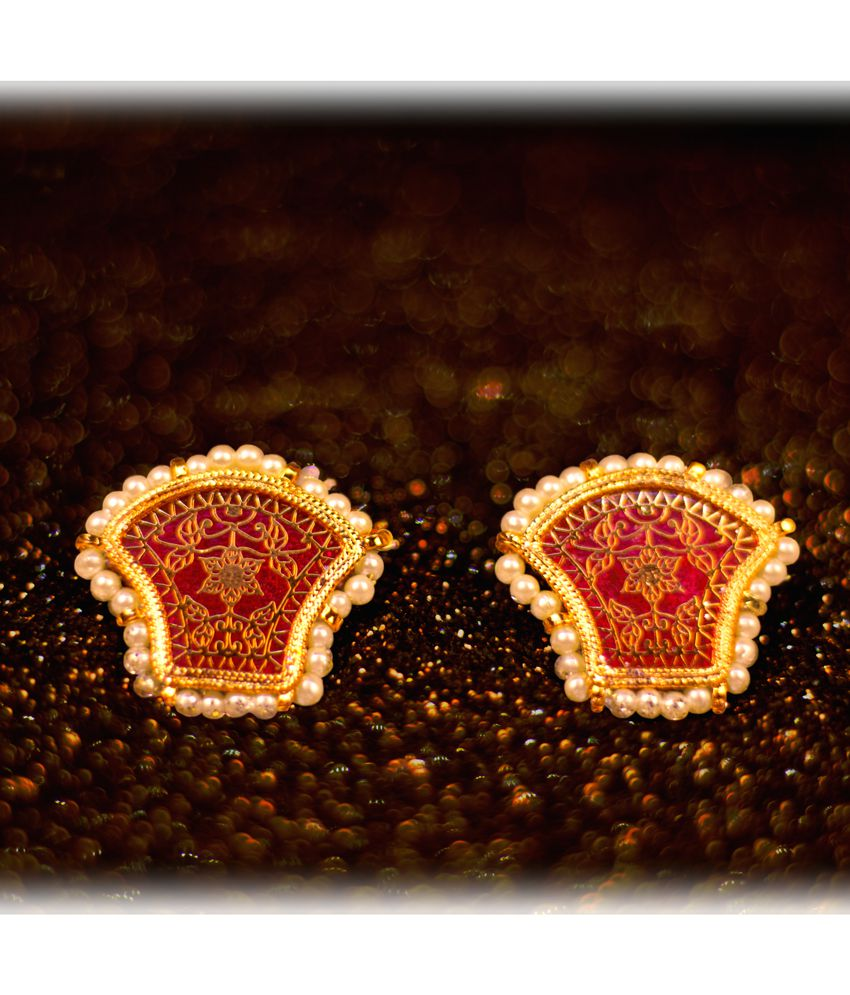 Asmitta Ethnic Gold Plated Stud Earring For Women