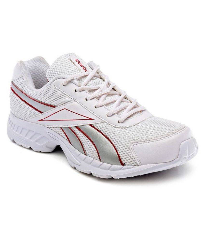 88aa74077e2a Reebok Acciomax Trainer White Running Shoes - Buy Reebok Acciomax Trainer  White Running Shoes Online at Best Prices in India on Snapdeal