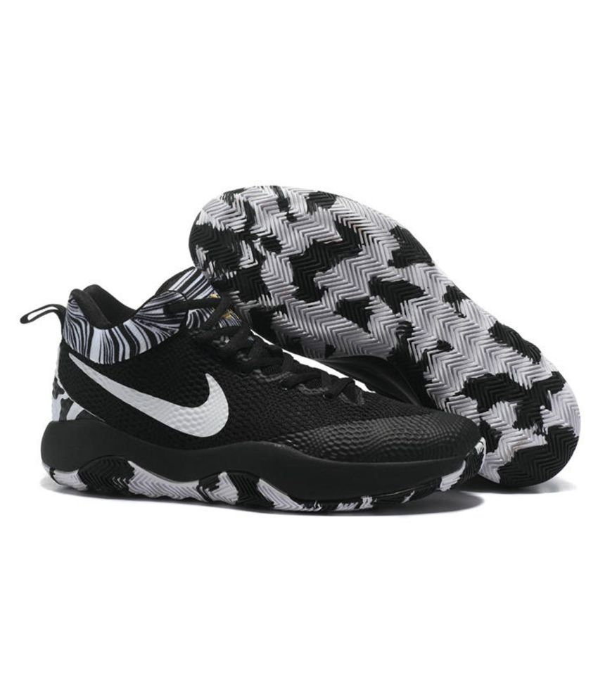 hot sale online 5f253 472be Nike hyper rev 2017 Black Basketball Shoes - Buy Nike hyper rev 2017 Black Basketball  Shoes Online at Best Prices in India on Snapdeal