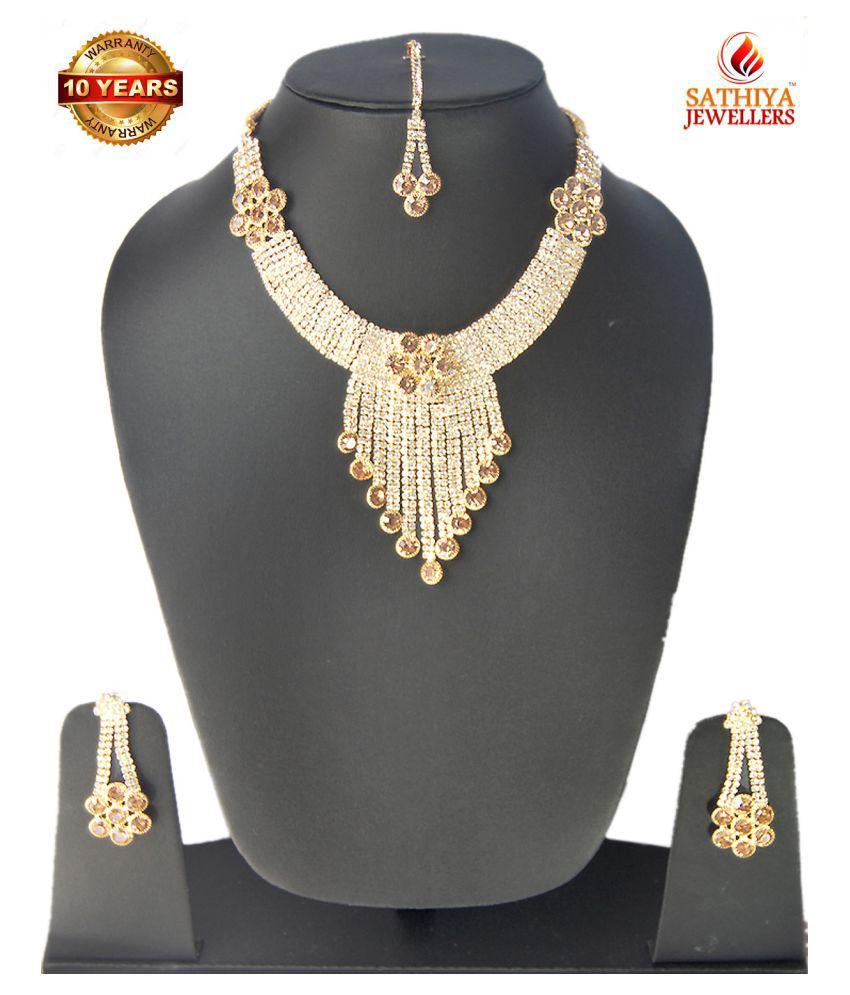 SATHIYA jewellery set with Maang-Tikka premium quality for girls