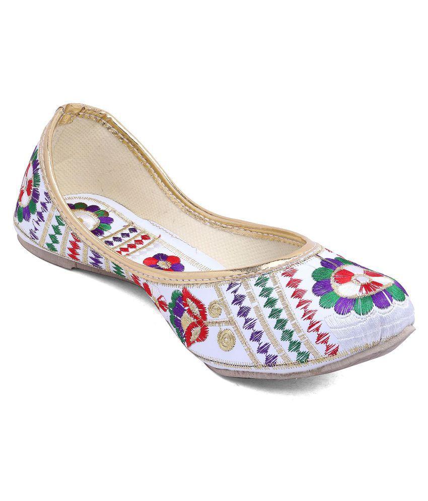 VINAYAK COLLECTION White Ethnic Footwear ebay for sale GT4Kou