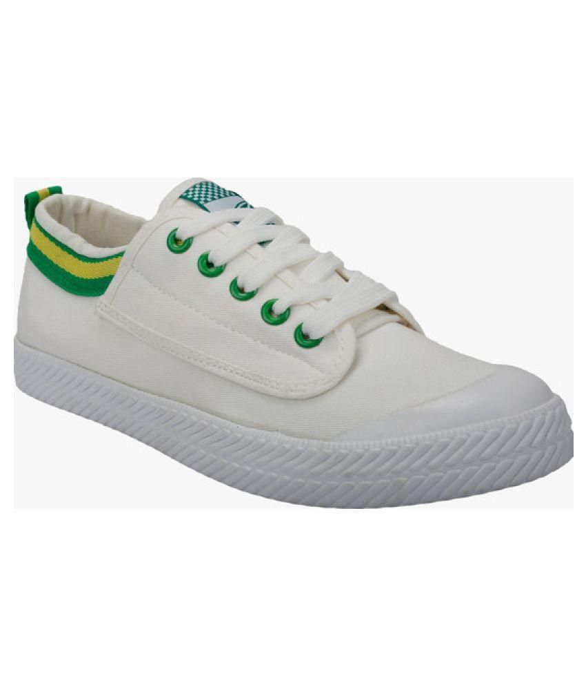 Vostro White Casual Shoes