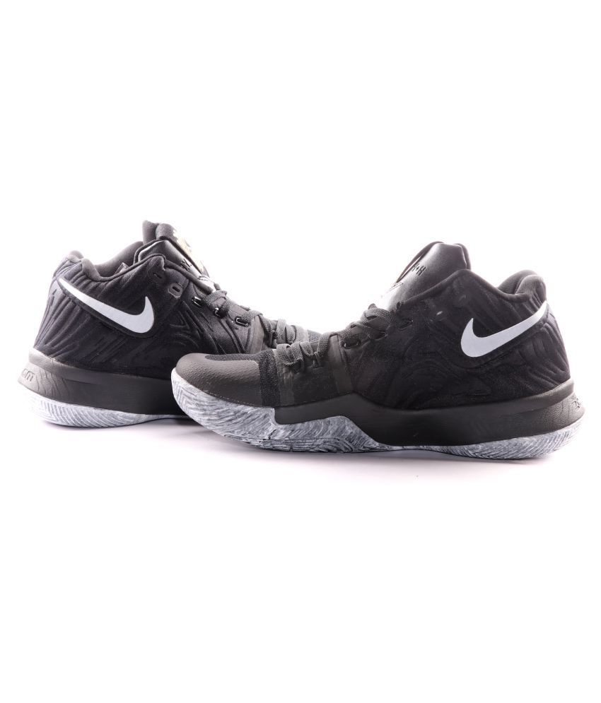e4c43532c22c Nike KYRIE IRVING 3 Black Running Shoes - Buy Nike KYRIE IRVING 3 Black  Running Shoes Online at Best Prices in India on Snapdeal