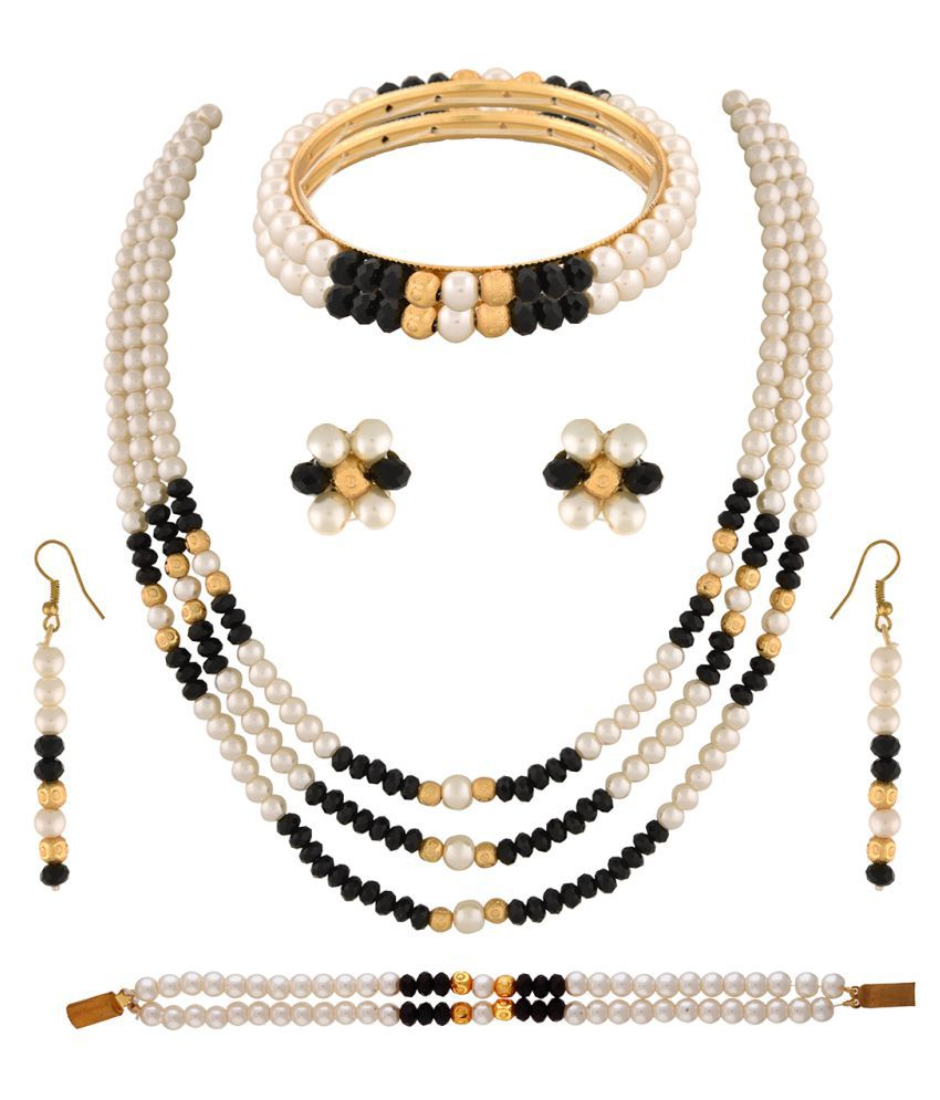 ClassiqueDesigner Jewellery Three Layer Pearl Set with Bracelet and Bangles