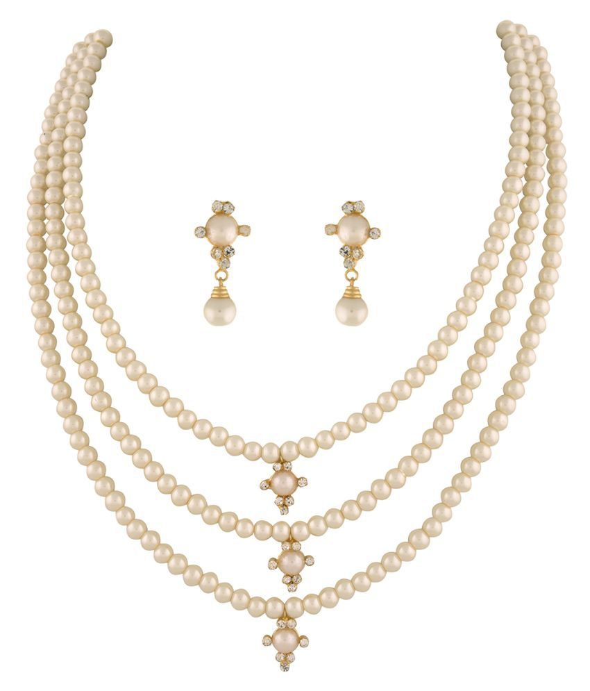 \nClassiqueDesigner Jewellery Three Layer Pearl Set