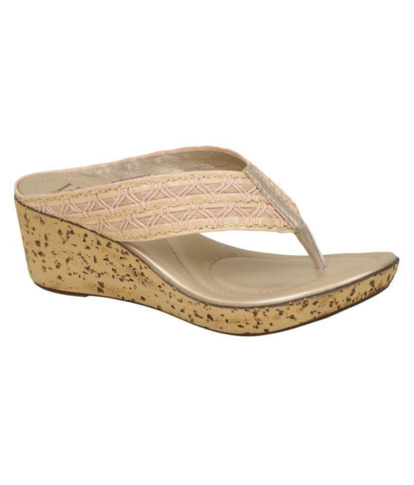 La Bella Beige Wedges Heels