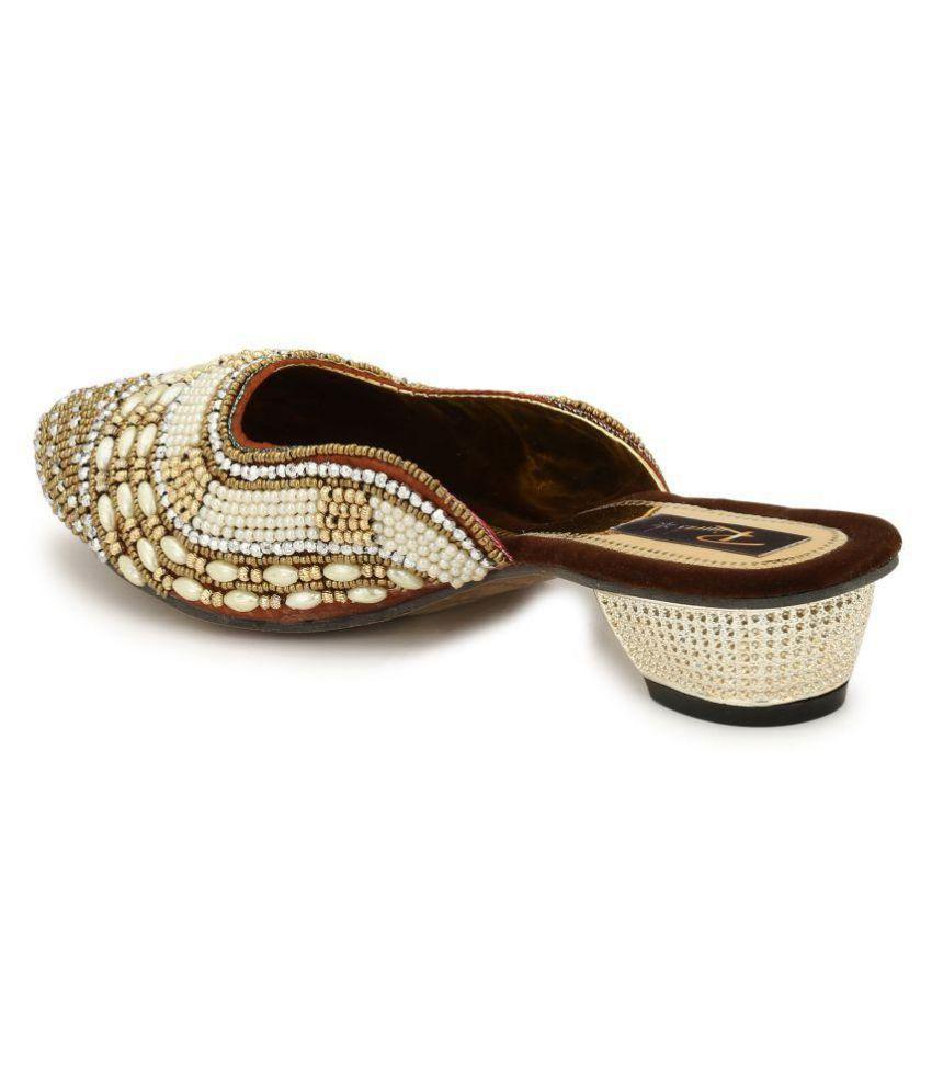 Rimezs Brown Kitten Ethnic Footwear