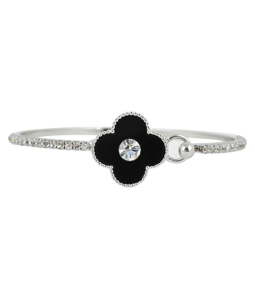 Fahshionforsure Silver Metal Bracelet for Women (CBANGLE104)…