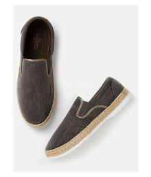 ab44cdb9ddb Roadster Casual Shoes  Buy Roadster Casual Shoes Online at Best ...