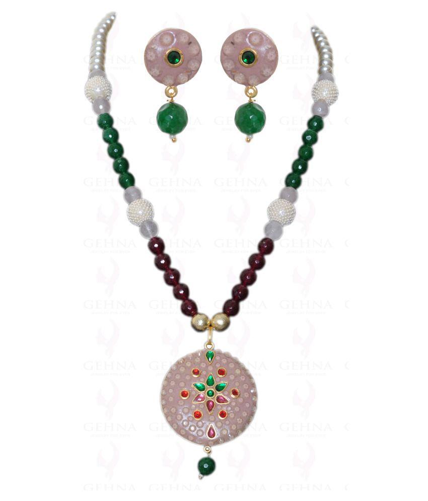Multi Color Kundan Studded Pendant Beaded In Multiple Stone Bead