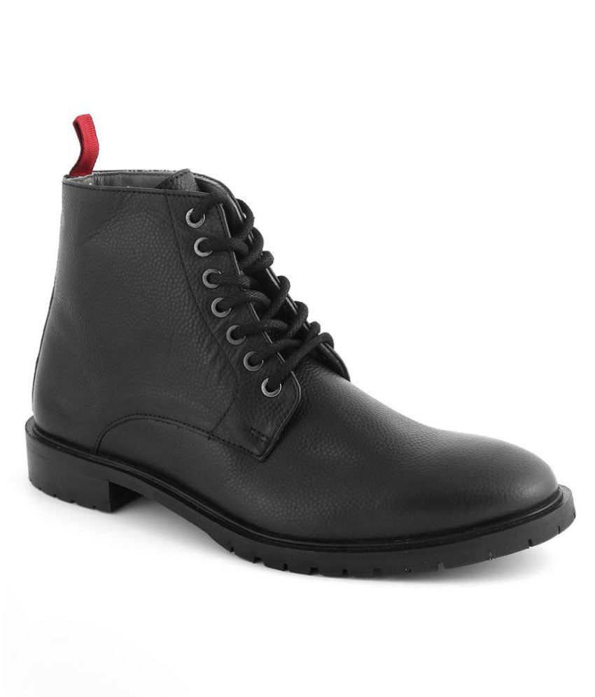 Araanha Black Casual Boot