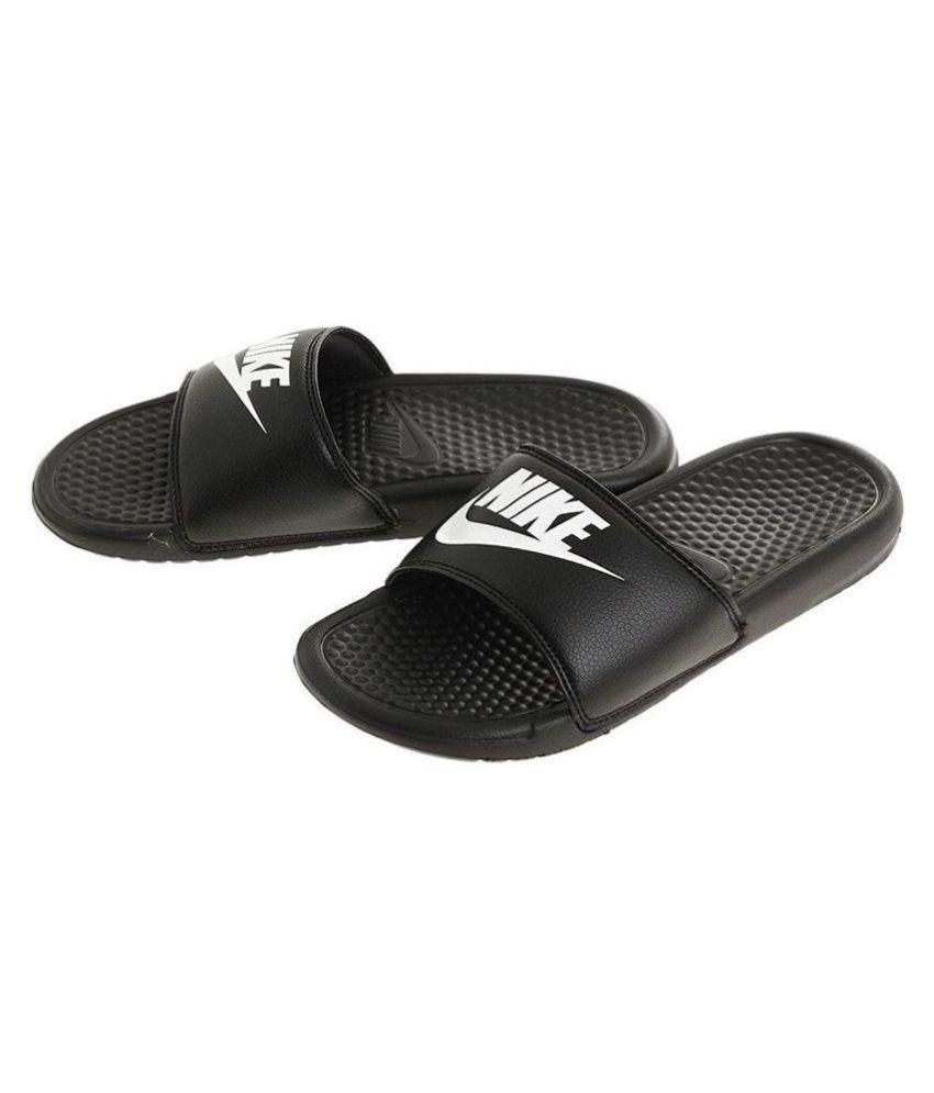 nike benassi men's flip flops
