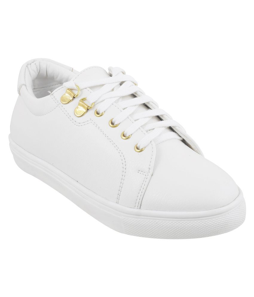 2a892b8b18ee MOCHI WHITE Casual Shoes Price in India- Buy MOCHI WHITE Casual Shoes  Online at Snapdeal