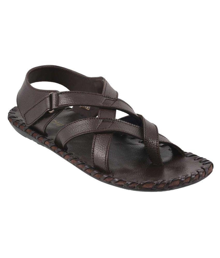 96cbdb35db32 MOCHI MOCHI Men BROWN LEATHER BROWN Sandals Price in India- Buy MOCHI MOCHI  Men BROWN LEATHER BROWN Sandals Online at Snapdeal